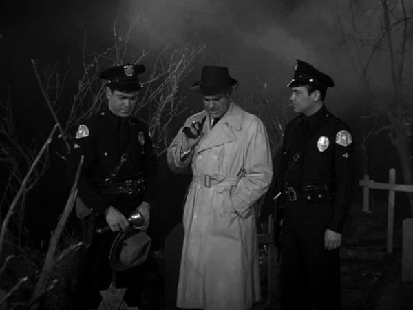 plan 9 gun handling detective